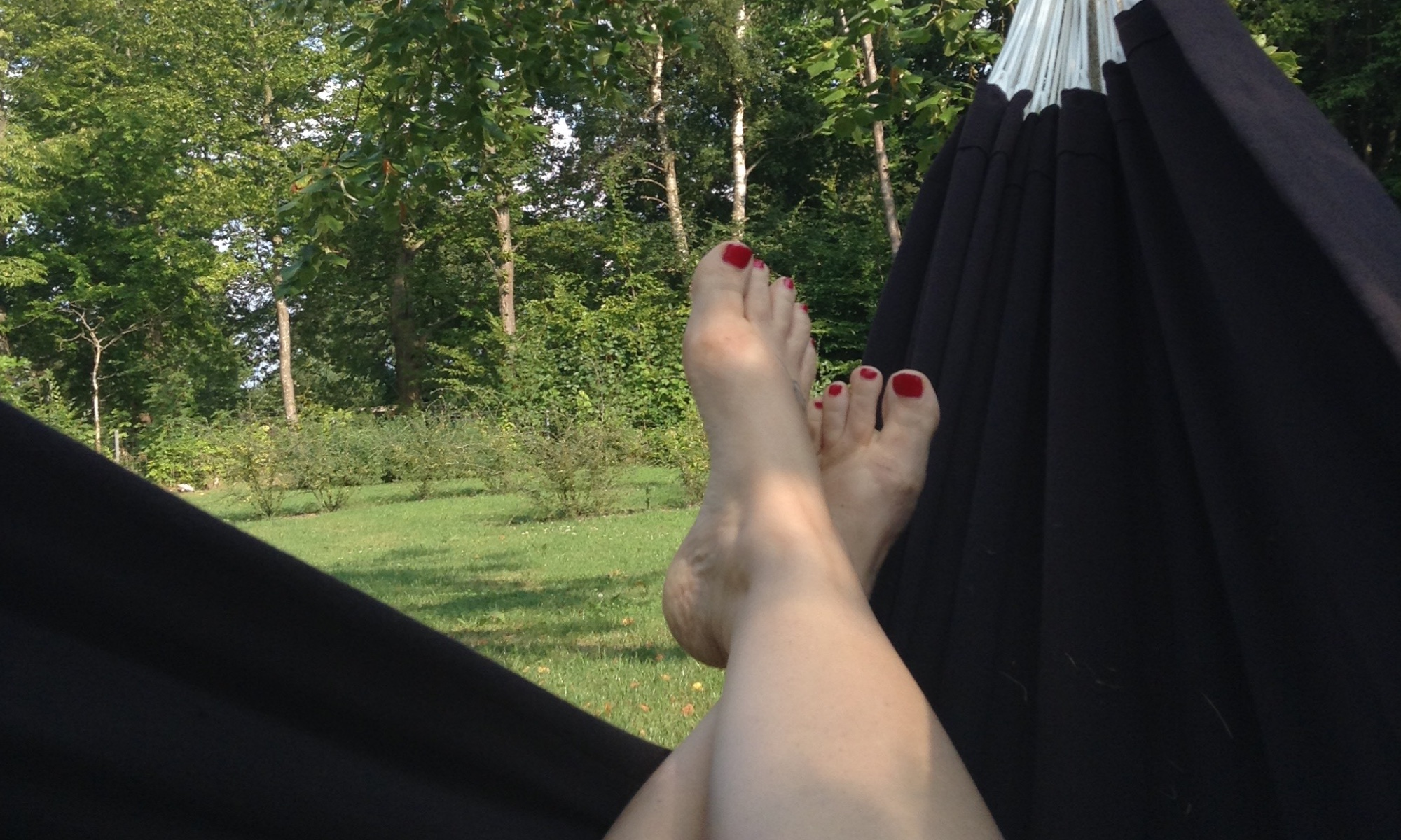 PD-DL_header_hammock-feetJPG